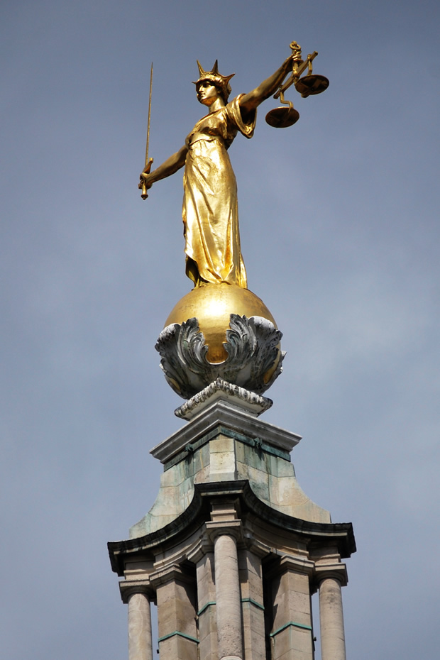 Statue of Justice on the Old Bailey Courthouse, London